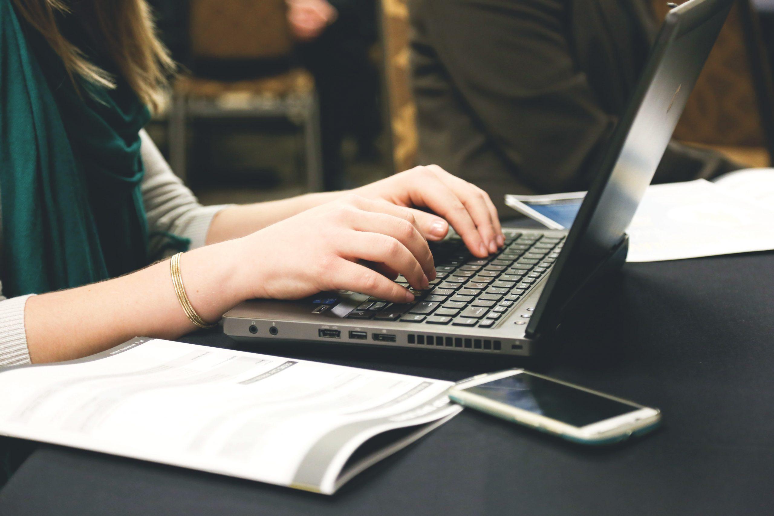 Les meilleurs outils pour créer vos contenus sur Internet